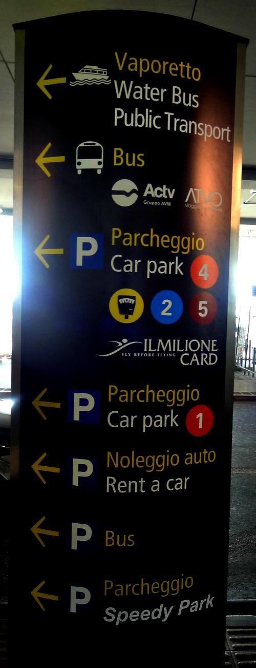 Venetie Airport bus