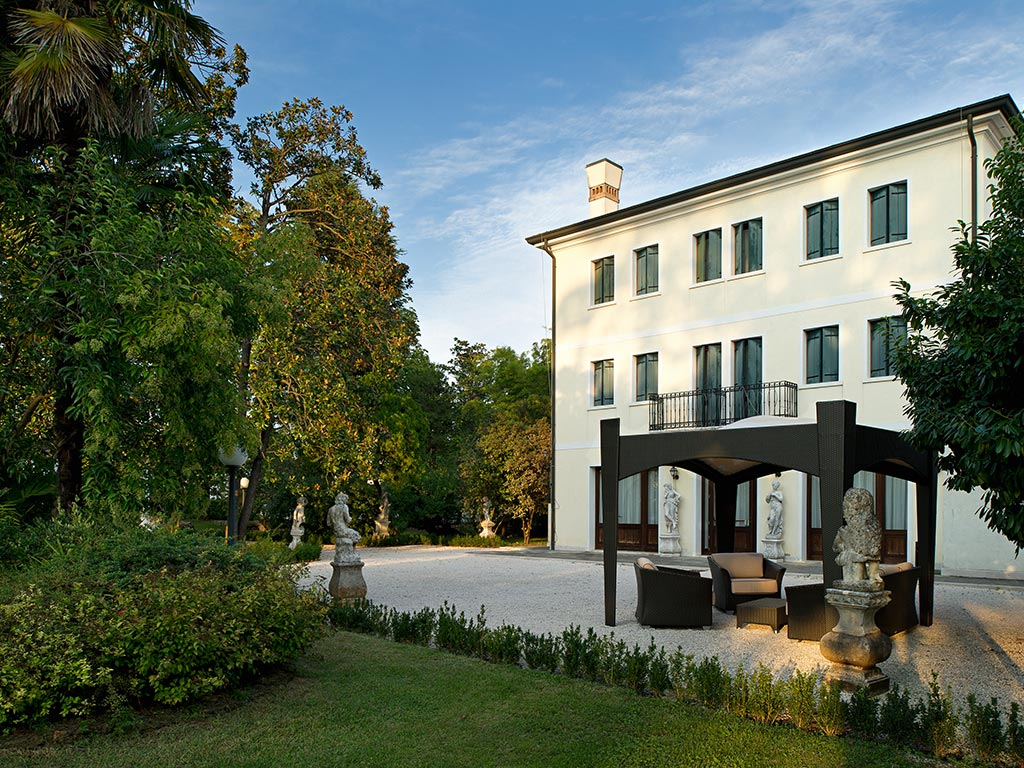Hotel Bolognese in the outskirts of Treviso
