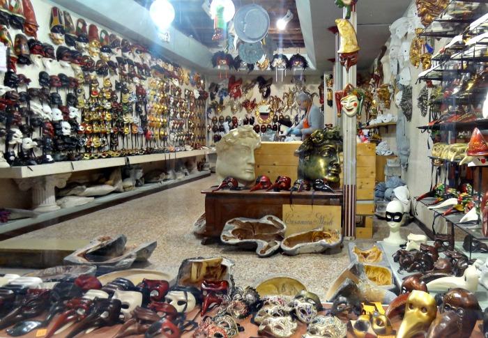 Masker-Venetie-winkel