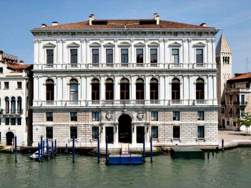 Palazzo Grassi Museum Venetie Grand Canal